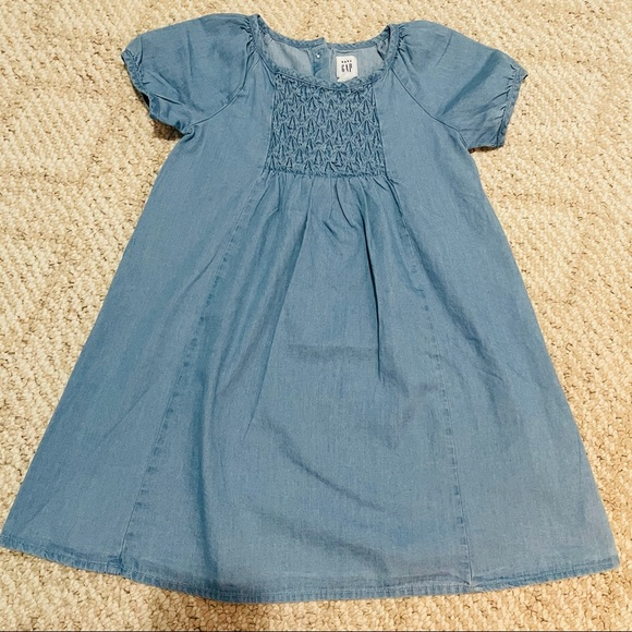 BabyGap Chambray Dress - Size 4T